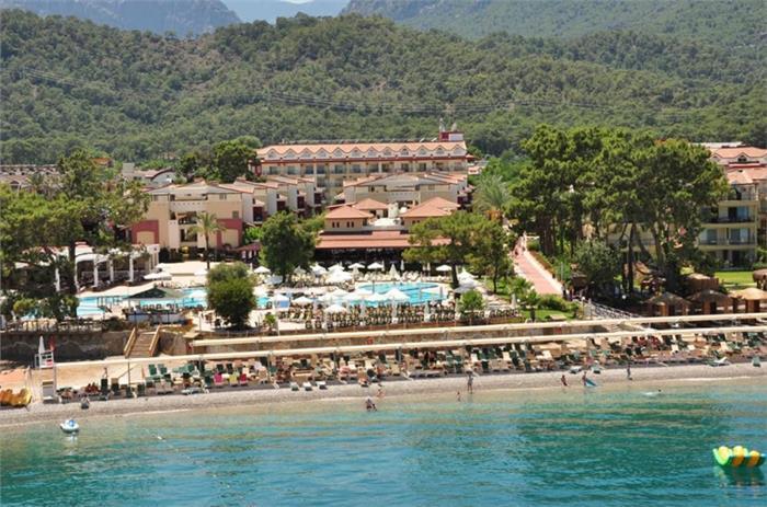 Crystal Aura Beach Resort