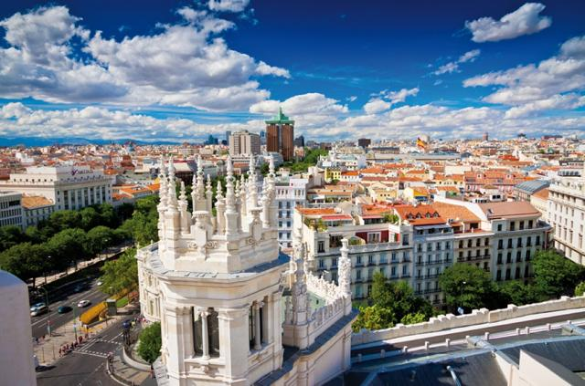 Fly and Sleep - Madrid - Infanta Mercedes