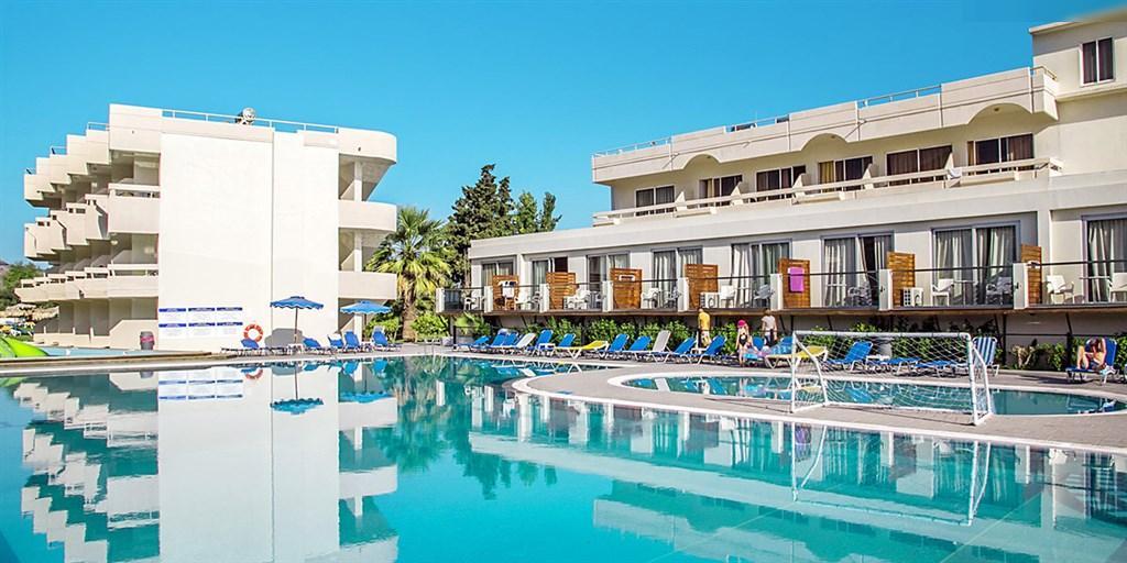 hotel Delfinia dovolená v Řecku dítě zcela zdarma