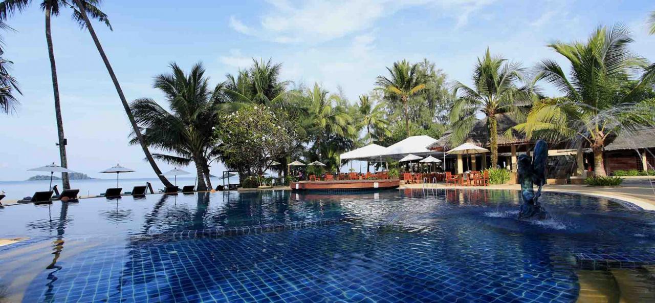 Koh Chang Tropicana Resort A Spa
