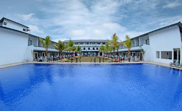 Royal Beach Resort