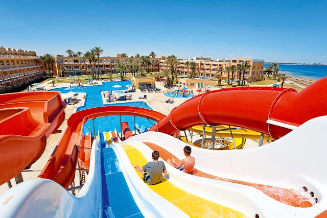 Hotel Skanes Family Resort & Aquapark