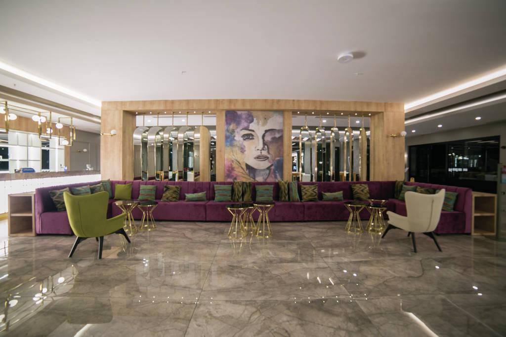 Dovolená v hotelech s lehátky a slunečníky na pláži zdarma Turecko