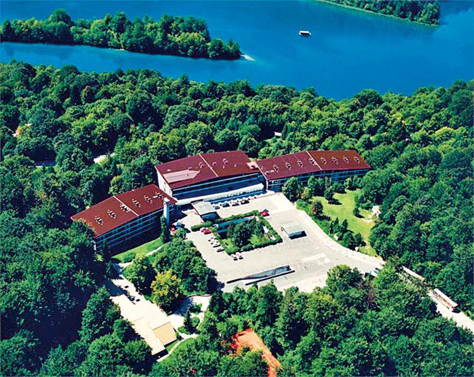 Hotel Jezero