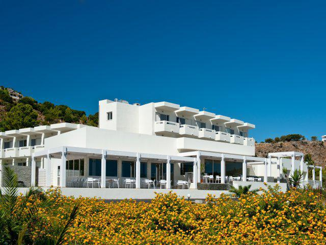 Lindos White & Suites