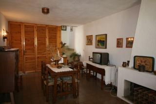 Villa Lola /v komplexu Geremeas Coutry Club/