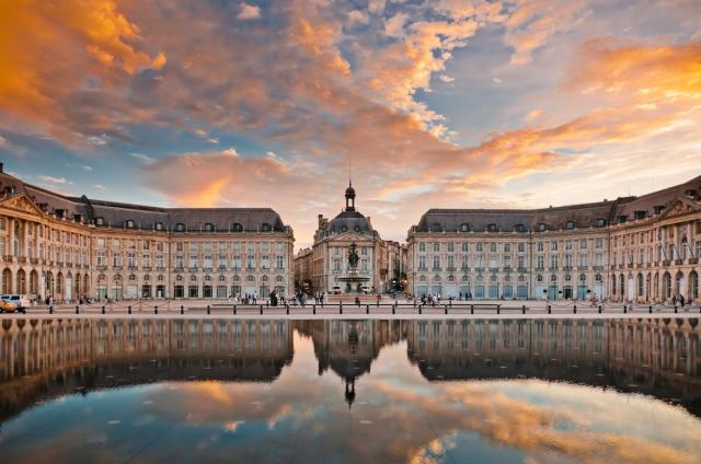 Bordeaux a Akvitánie koupání na plážích Atlantiku