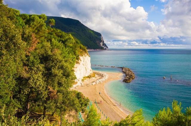 Umbrie – mystická a jedinečná, kraj Marche a výlety od Jaderského moře