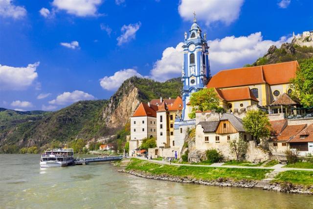 Perly Dolního Rakouska a plavba lodí po Dunaji