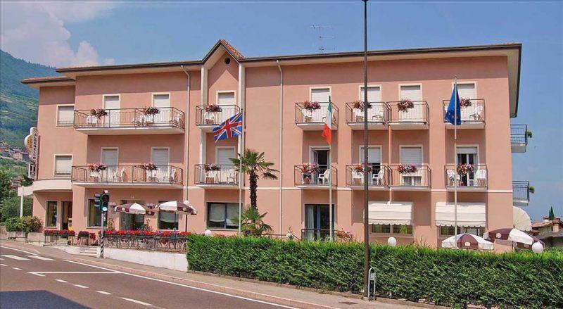 Alberello - Riva Del Garda / Varone