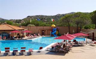 Hotel Villaggio Cala Bitta - Sardinie pro seniory 55+