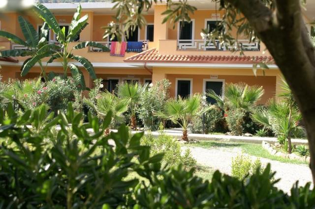 Villaggio Il Calabriano 4 trilo