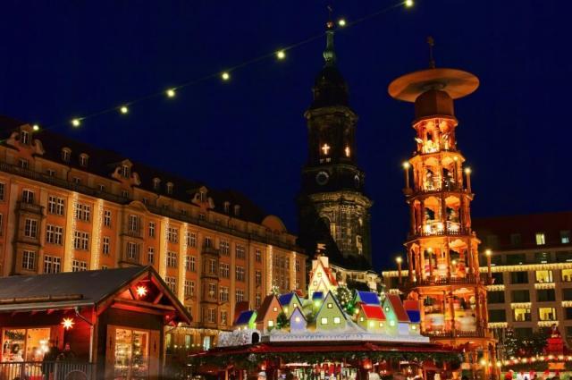 Advent v Drážďanech s festivalem štól