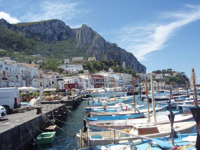 Capri - kouzlo Neapolského zálivu a Řím k tomu