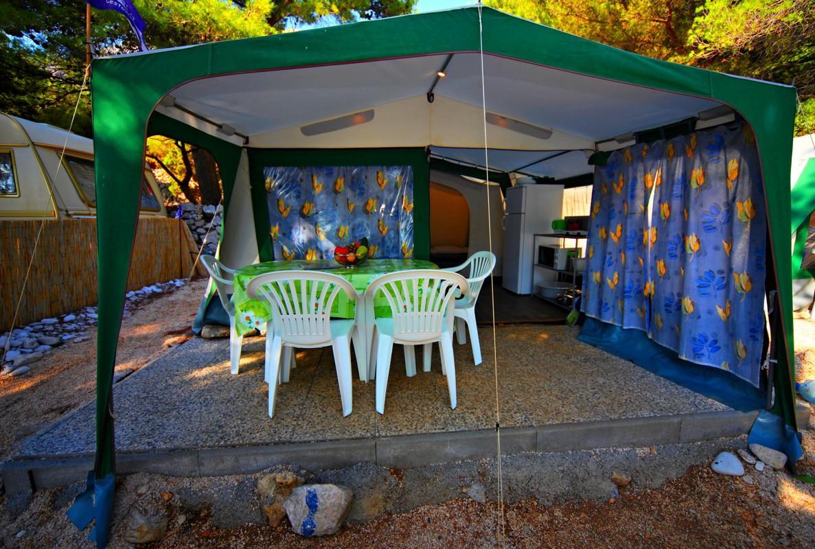 Kemp Boban - plně vybavený stan