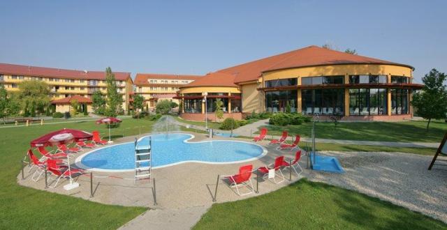 Wellness Hotel Patince, Patince, Slovensko: Víkendový pobyt LIGHT 3 noci (čt-ne)