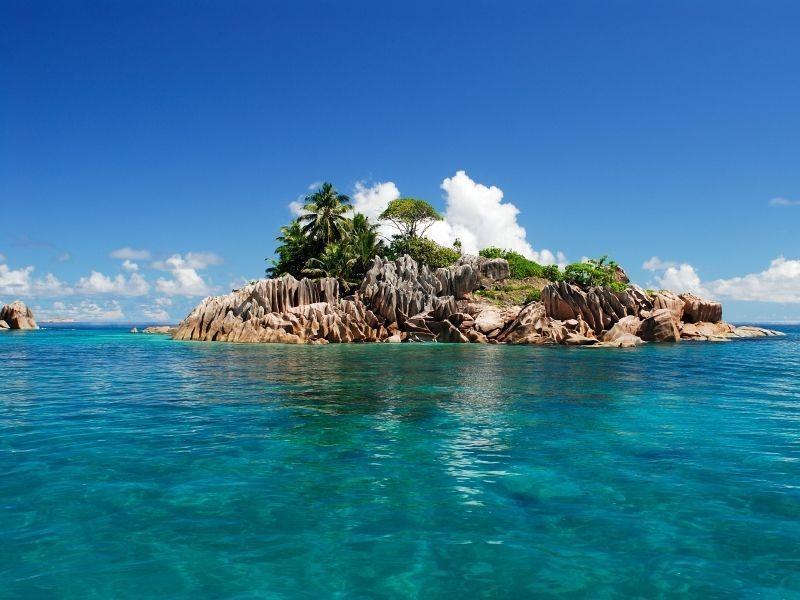 Objevování dvou ostrovů v Indickém oceánu, Mahé a Praslin