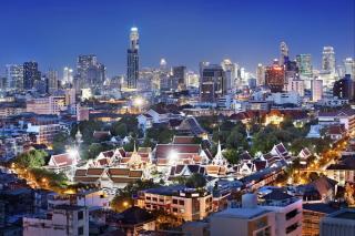 Kontrastní i divoké velkoměsto Bangkok