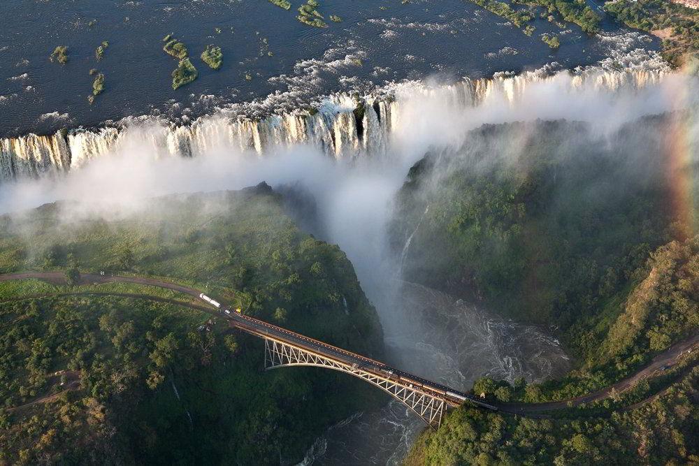 Adventure Safari v Zambii, Malawi a Tanzanii