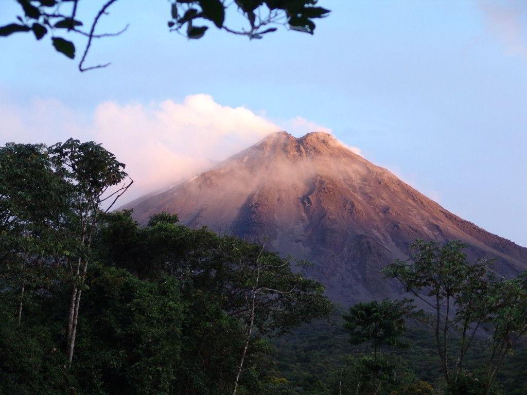 """Kostarika """"po vastní ose"""""""