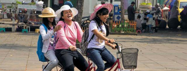 Jáva a Bali - v zemi batikování