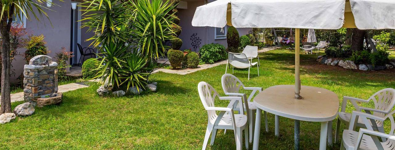 Studia Garden House