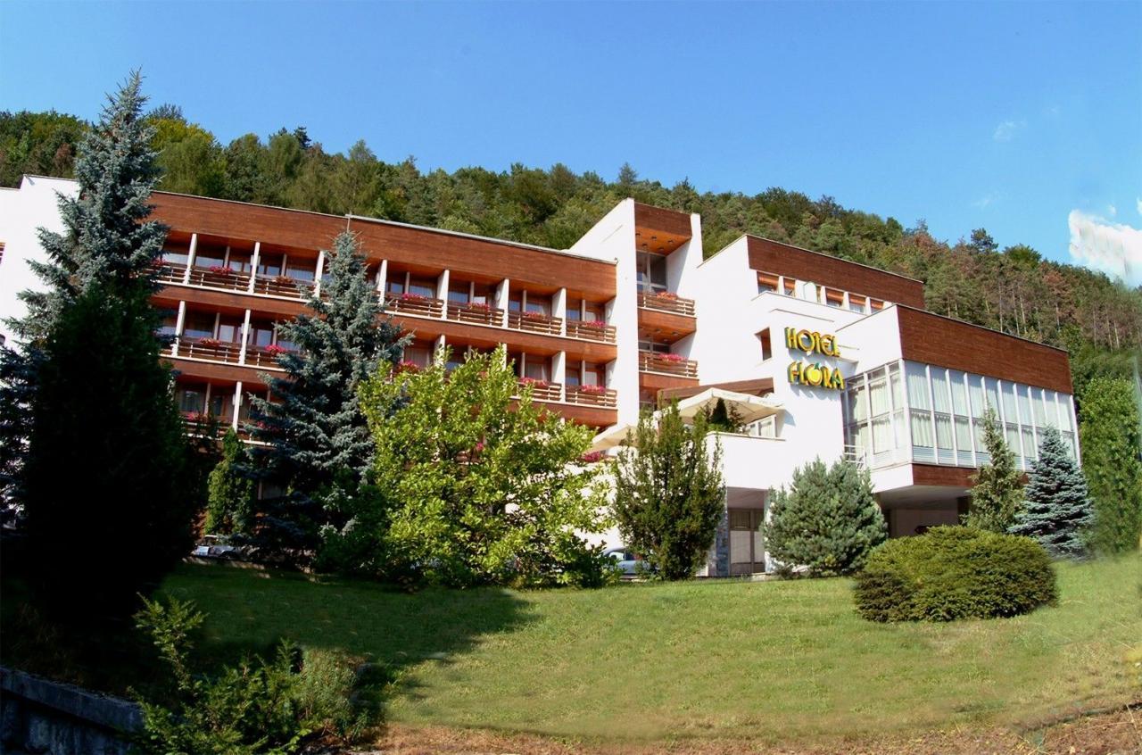 Trenčianské Teplice - Hotel Flóra, Velikonoční pobyt, animační program