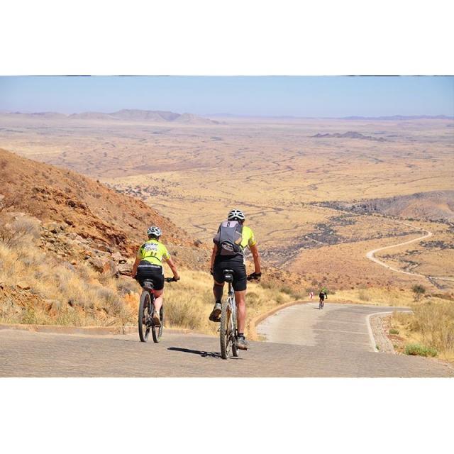 Od Victoriiných vodopádů do Kapského města v sedle kola