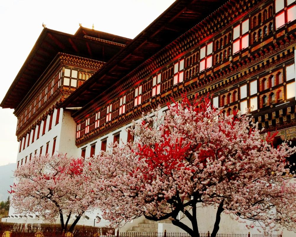 Okruh západním a středním Bhútánem