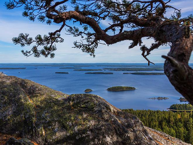 Finsko - národní parky a zajímavosti země tisíců jezer s návštěvou Pobaltí a Stockholmu