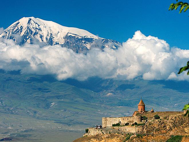 Gruzie a Arménie - turistikou v podhůří Kavkazu, starobylé památky a tradice