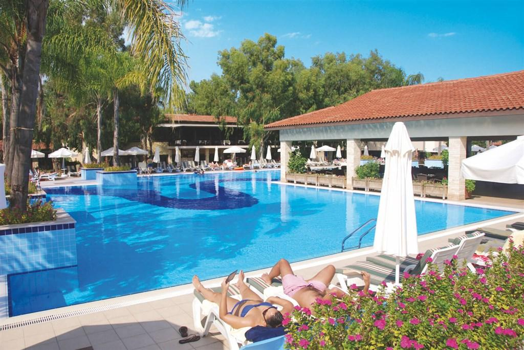 Champion Holiday Village Resort & SPA
