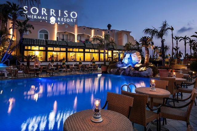 Silvestr na Ischii Sorriso Thermae Resort a SPA