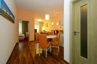 hotel-crocus-2737816558-491497084.jpg