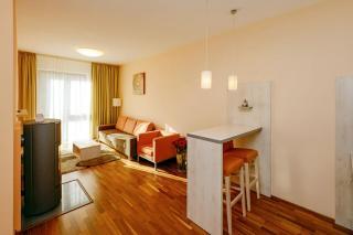 hotel-crocus-2737816558-3437488039.jpg