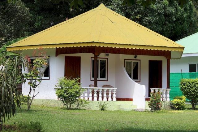 Bamboo Lodge
