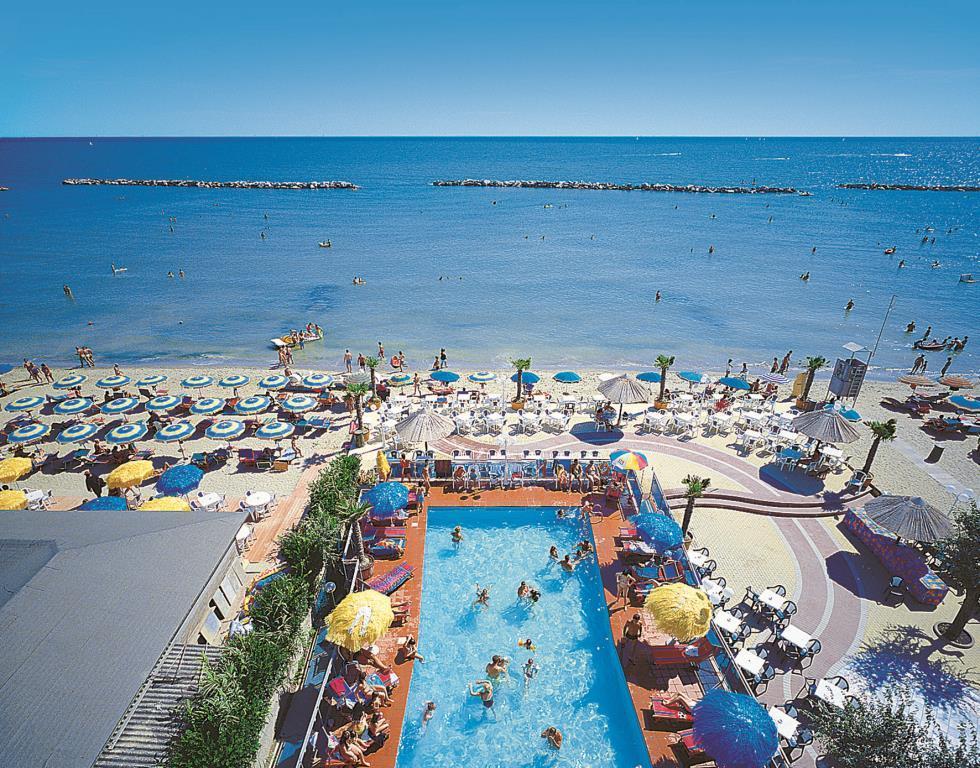 Club Hotel Bikini