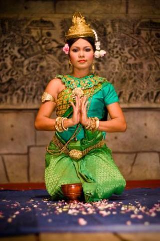 Okouzlující a tajuplné chrámy Angkoru, velkoměsto Phnom Penh