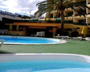 Las Dunas Apartments