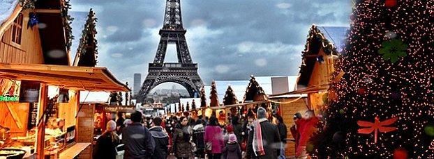Paříž zářící v adventní době