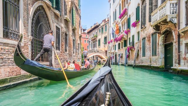 Benátky s návštěvou ostrova Muráno a s koupáním na ostrově Lido
