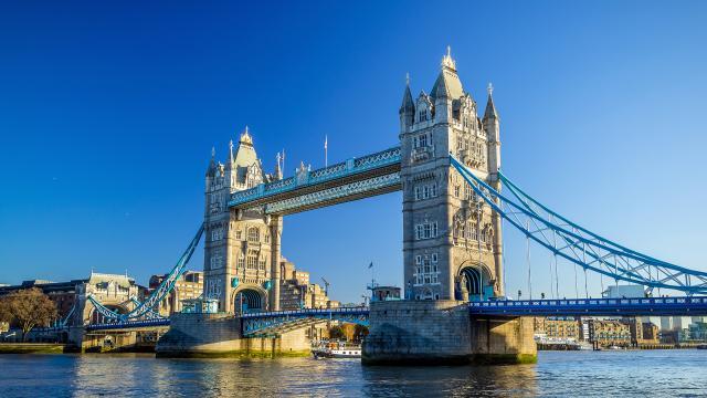 Londýn a okolí s návštěvou Oxfordu a Stonehenge