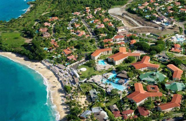 Lifestyle Tropical Beach Resort