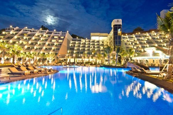 Hotel Royal Cliff Beach Resort