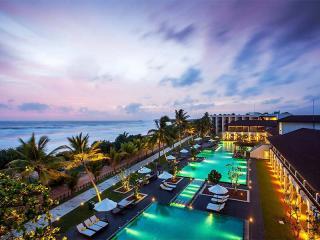 Centara Ceysands Resort + Spa