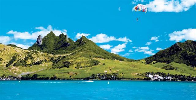 Perly Indického oceánu, Mauricius, Réunion