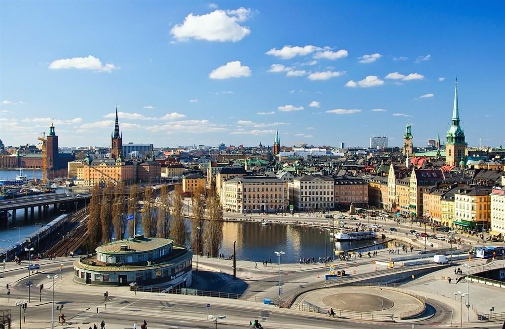 Švédsko, Finsko, Rusko, Estonsko, Lotyšsko, Litva - Stockholm-Helsinky-Petrohrad a pobaltské republiky s plavbou po Baltu