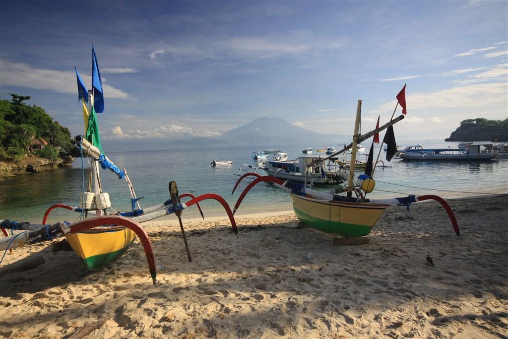 Bali - pobyt na Bali a Lembockém ostrově s fakultativním výletem na Jávu