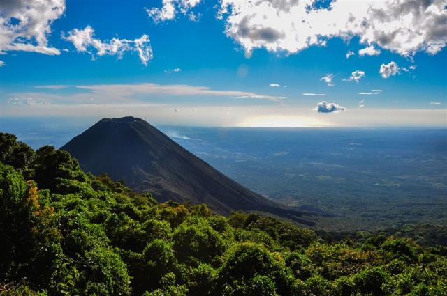 Salvador, Nikaragua - Cesta do Salvadoru a Nikaragui