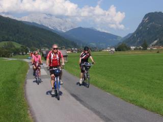 """Rakousko - Po rovině napříč Alpami """"Plus"""""""